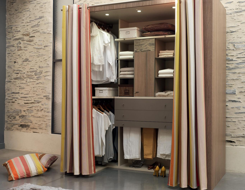 dressing cabine